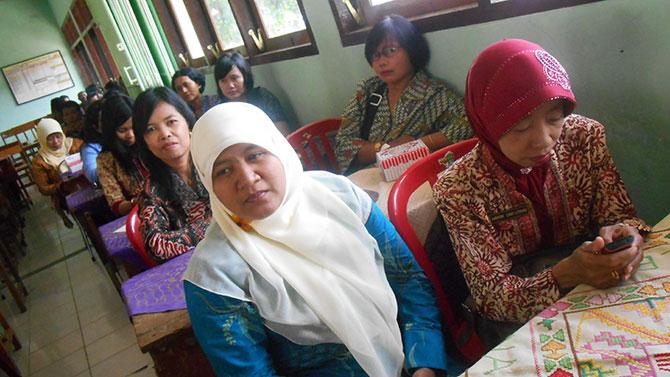 Guru2-SMP-Pakel-1