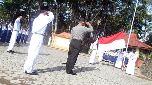 Hormat-Bendera