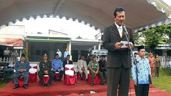 Pembina-Upacara-Drs-Agung-Sudrajat