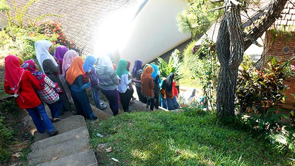 Menuju-Mushola-(Pondok-Ramadhan-1436-H-Sang-Dewo)