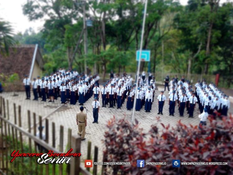 upacara-senin-peserta-003